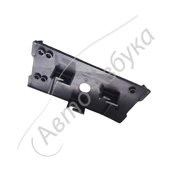 Кронштейн крепления контроллера (пластиковый) на ВАЗ 2110-2112 - фото 11945