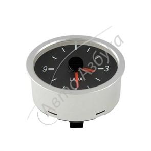 Часы автомобильные штатные кварцевые на ВАЗ Приора