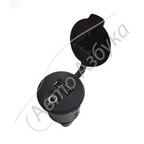 Розетка USB и AUX (2 в 1) штатная оригинальная на Веста, Икс-Рей